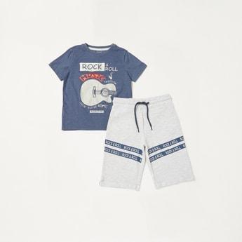 Graphic Print Short Sleeves T-shirt and Knit Shorts Set
