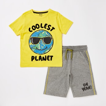 Printed Short Sleeves T-shirt and Shorts Set