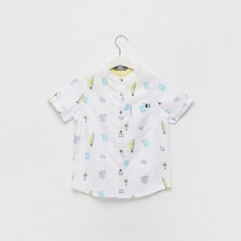 Printed Short Sleeves Shirt with Button Closure and Pocket