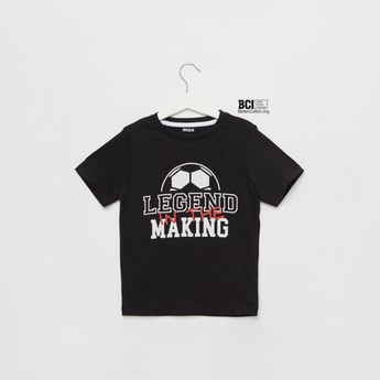 Legend Graphic Print T-shirt with Round Neck and Short Sleeves