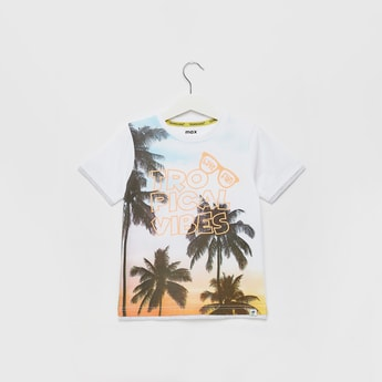 Tropical Print Round Neck T-shirt with Short Sleeves