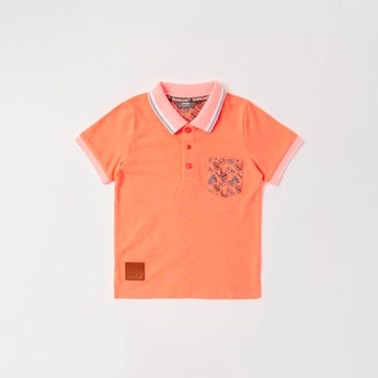 Graphic Print Polo T-shirt with Short Sleeves and Chest Pocket
