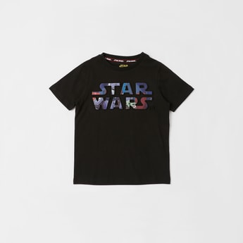 Star Wars Embossed Print T-shirt with Round Neck and Short Sleeves