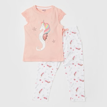 Graphic Print Cap Sleeves T-shirt and Pyjama Set