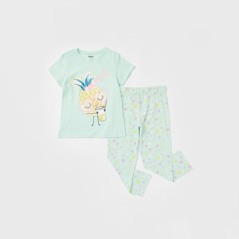 Printed Short Sleeves T-shirt and Full-Length Pyjama Set