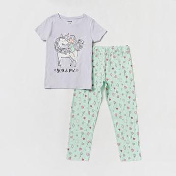 Unicorn Print T-shirt and Full-Length Pyjama Set