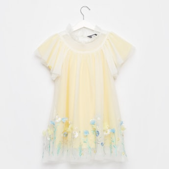 Embroidered Knee-Length Dress with Round Neck and Short Sleeves