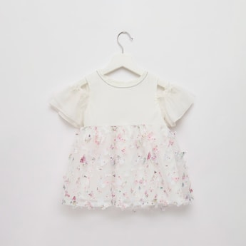3D Butterfly Printed Top with Round Neck and Short Sleeves