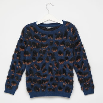 Animal Jacquard Sweater with Round Neck and Long Sleeves