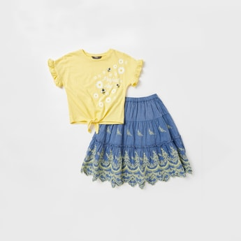 Printed Round Neck T-shirt and Embroidered Skirt Set