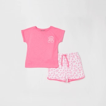 Printed Round Neck T-shirt and Drawstring Detailed Shorts Set