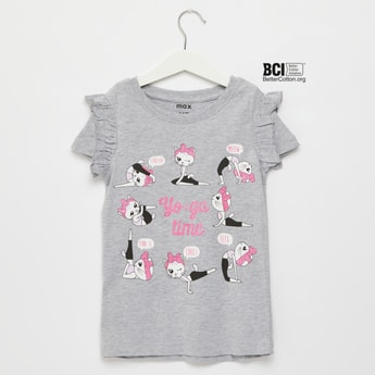 Yoga Cat Print T-shirt with Round Neck and Cap Sleeves