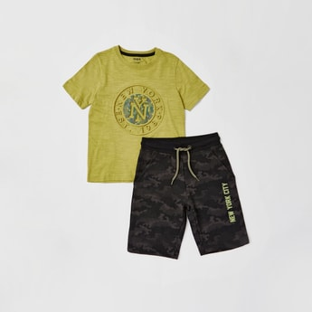 Embossed Short Sleeves T-shirt with All-Over Printed Shorts