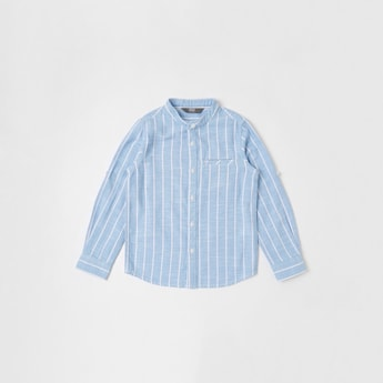 قميص أكسفورد مقلّم بياقة ماندارين وأكمام طويلة
