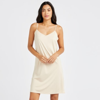 Solid Shaping Camisole with V-neck and Bow Detail