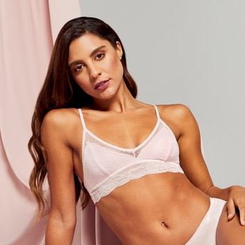 Lace Detail Bralette with V-neck and Hook and Eye Closure