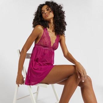 Lace Detail Non-Padded V-neck Babydoll Dress