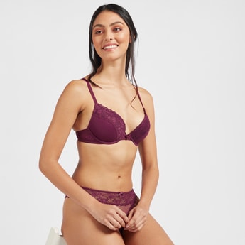 Lace Padded Underwired Plunge Bra with Hook and Eye Closure