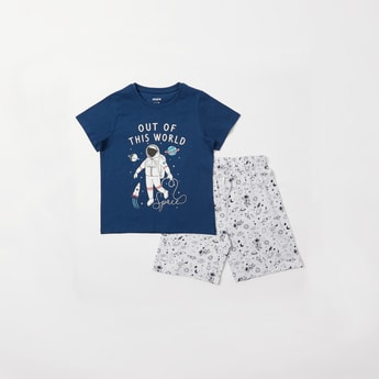 Astronaut Themed Print T-shirt and Shorts Set