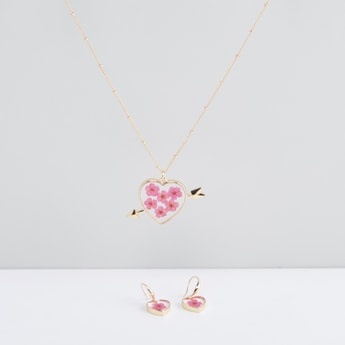 Heart Shaped Pendant Necklace and Earrings Set