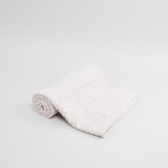 Patterned Bath Towel - 140x70 cms
