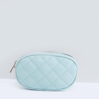 حقيبة مبطّنة مع حزام