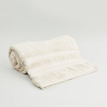 منشفة حمّام كبيرة بارزة الملمس من القطن المصري - 70x140 سم