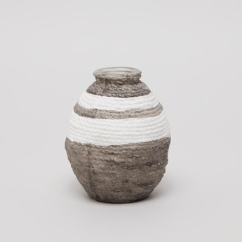 Decorative Vase- 9.5x9.5x12 cms