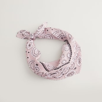 Printed Scarf with Pleats