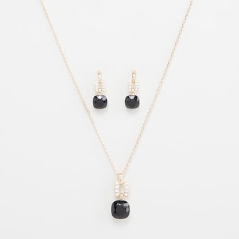 Stone Studded Necklace and Drop Earrings Set