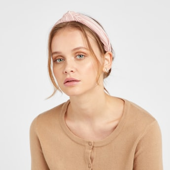 Textured Hairband with Front Knot Detail