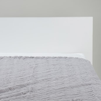 Textured Bed Throw - 152x127 cms