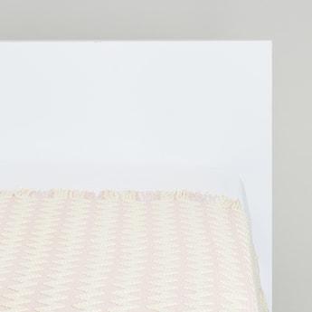 Chevron Pattern Throw Blanket with Tassel Detail - 152x127 cms
