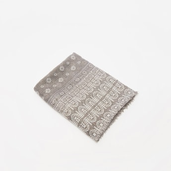 Printed Rectangle Scarf with Fringes