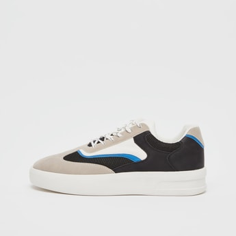 Textured Sports Shoes with Lace Up Closure