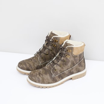 Camouflage Printed High Top Boots with Lace-Up Closure