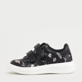 Graphic Print Low Top Shoes with Hook and Loop Closure