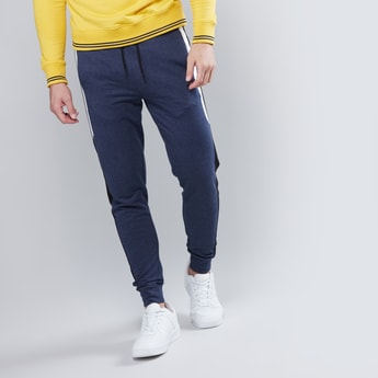 Plain Jog Pants with Elasticised Waistband and Pockets