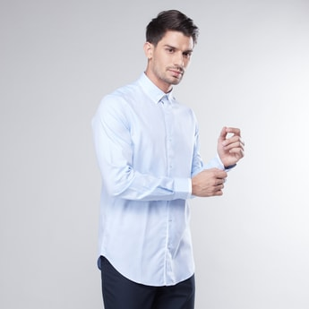 Slim Fit Shirt with Button-Down Collar and Long Sleeves