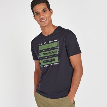 Basic Graphic Print Round Neck T-shirt with Short Sleeves