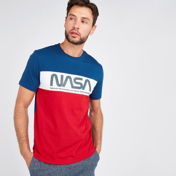 Slim Fit Typographic Print T-shirt with Round Neck and Short Sleeves