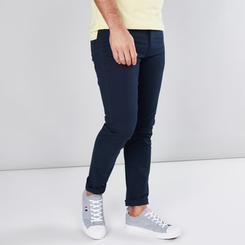 5 Pockets Chinos in Skinny Fit with Belt Loops