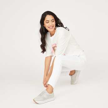 Solid Active Capris in Slim Fit with Elasticised Waistband