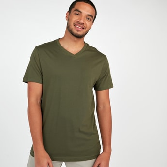 Textured T-shirt with V-neck and Short Sleeves