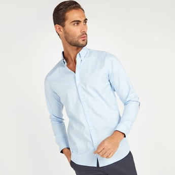 Slim Fit Solid Shirt with Long Sleeves and Complete Placket