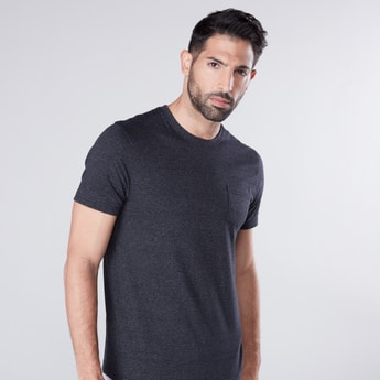 Textured Round Neck T-shirt with Short Sleeves and Pocket Detail