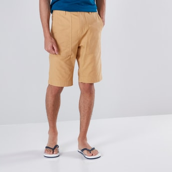 Slim Fit 4-Pocket Cargos Shorts with Button Closure
