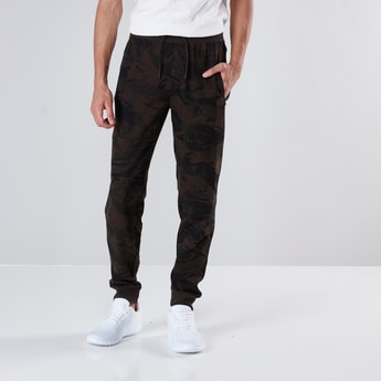 Camouflage Print Joggers with Drawstring Detail and Cuffed Hem