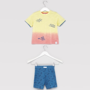 Printed Round Neck T-shirt with Pocket Detail Shorts