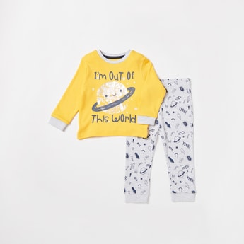 Graphic Print Long Sleeves T-shirt and All-Over Print Pyjama Set